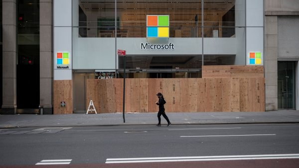 marketwatch-first-take:-microsoft-dumps-retail-stores-meant-to-rival-apple-—-is-surface-line-of-gadgets-next?