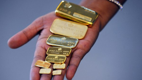 metals-stocks:-gold-prices-end-lower,-but-tally-a-3%-weekly-gain-amid-public-health-worries