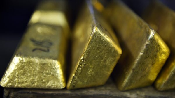metals-stocks:-gold-ends-with-a-loss-as-investors-weigh-signs-of-a-re-emergence-of-coronavirus-cases
