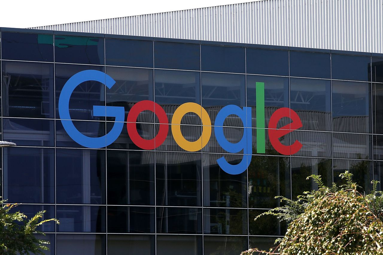 :-google-offers-not-to-use-fitbit-health-data-for-ads-to-ease-eu-concerns:-report