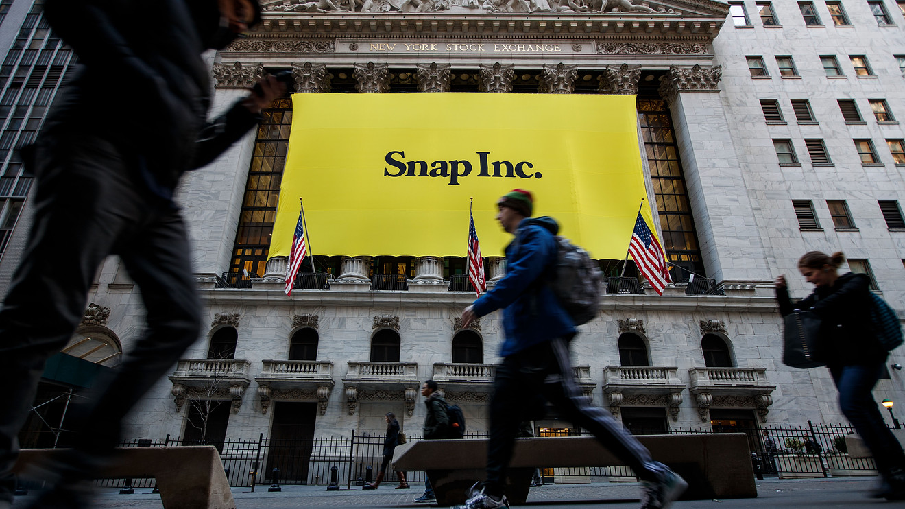 snap-stock-drops-in-late-trading-as-losses-grow,-but-sales-and-users-continue-to-increase