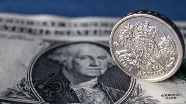 london-markets:-pound-recovers-despite-eu-warning-brexit-trade-deal-'unlikely'