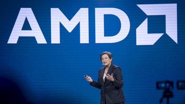 earnings-results:-amd-stock-heads-toward-record-high-after-beating-on-earnings,-raising-annual-forecast