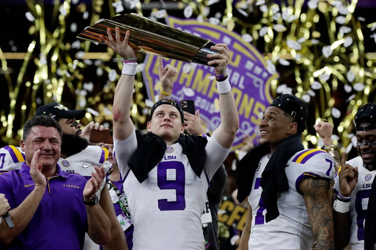 :-as-big-ten-and-pac-12-cancel-their-football-seasons-because-of-covid-19,-college-sports-programs-are-facing-a-financial-apocalypse