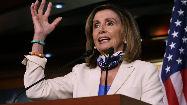 capitol-report:-pelosi-says-sides-remain-'miles-apart'-on-stimulus-bargaining