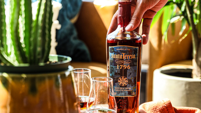 weekend-sip:-this-high-end-venezuelan-rum-is-trying-to-help-unemployed-bartenders-during-the-pandemic