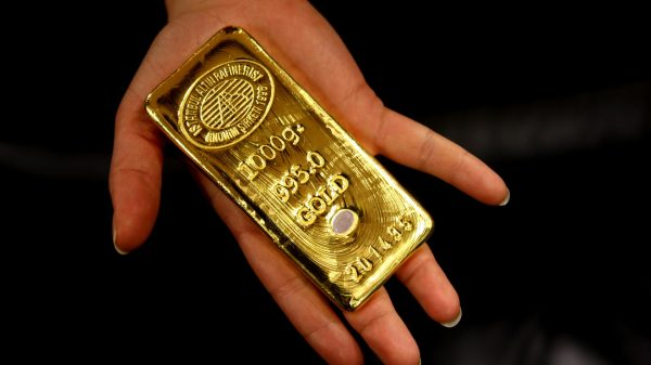 metals-stocks:-gold-prices-end-lower,-decline-more-than-2%-as-dollar's-skid-abates;-copper-books-highest-settlement-since-2018