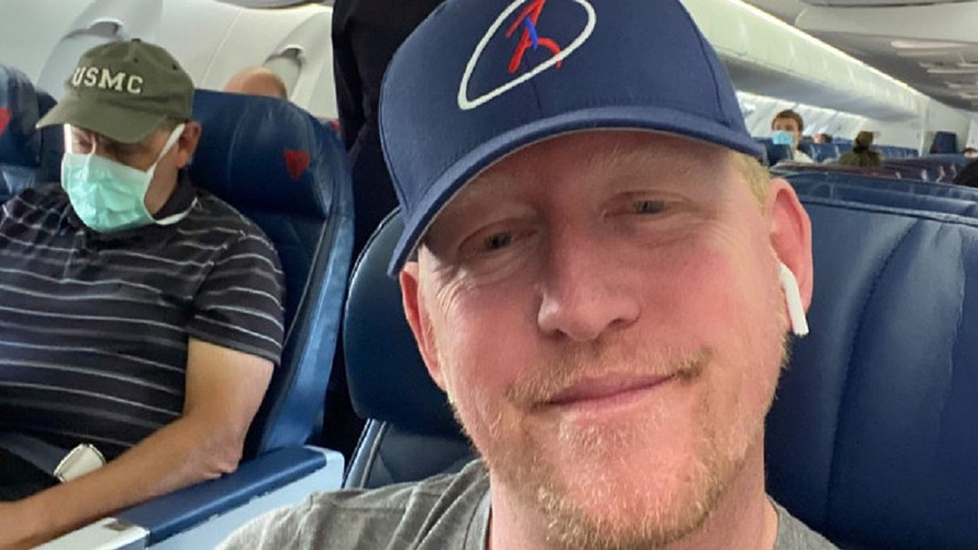 the-margin:-former-navy-seal-who-shot-bin-laden-refuses-to-wear-mask-—-delta-may-refuse-to-ever-let-him-fly-again