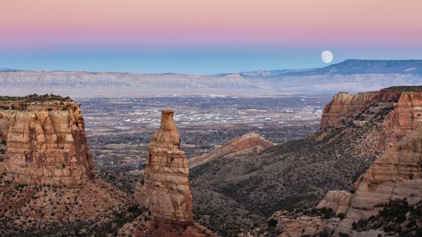 where-should-i-retire?:-i'm-a-'young-68'-with-$3,200-a-month-in-social-security-and-don't-want-it-taxed-—-where-should-i-retire-north-or-west-of-colorado?
