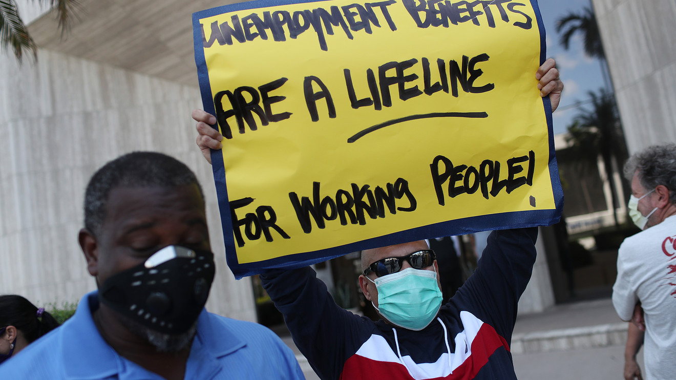 these-14-states-will-offer-$300-extra-in-unemployment-benefits-—-11-voted-for-trump-in-2016-and-2-are-swing-states