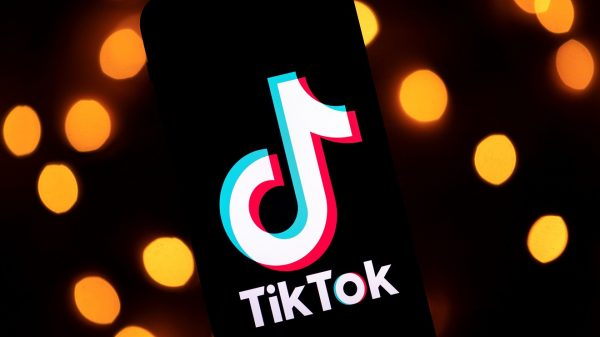 the-new-york-post:-tiktok-to-sue-trump-over-order-banning-transactions-with-app