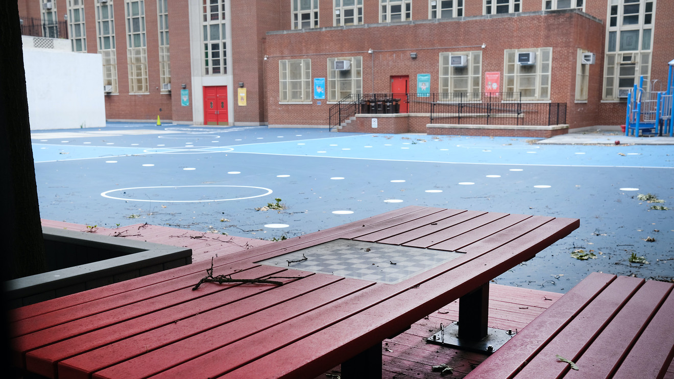 citywatch:-nyc-schools-can-have-outdoor-classes-in-schoolyards,-streets-and-parks,-mayor-announces