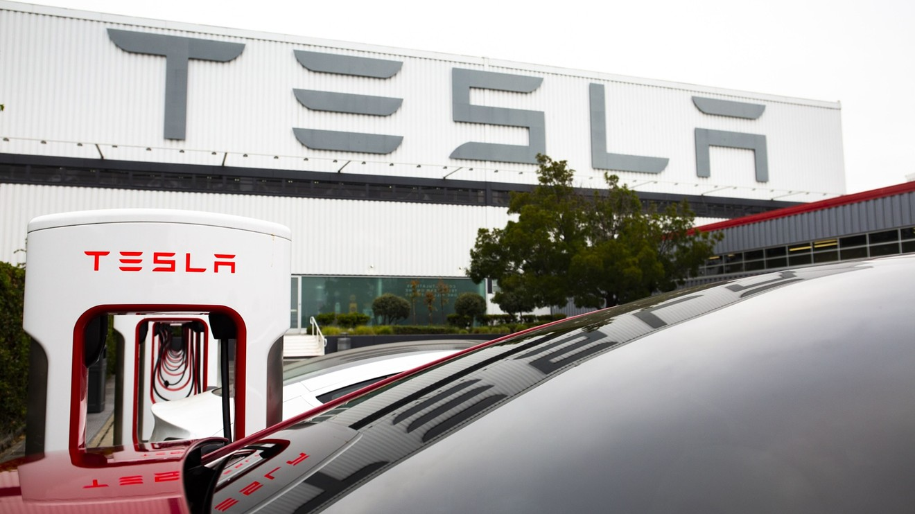 5-things-to-know-about-tesla-ahead-of-its-5-for-1-stock-split