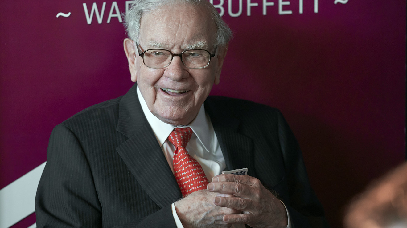 the-wall-street-journal:-warren-buffett's-berkshire-hathaway-buys-stakes-in-5-japanese-investment-companies