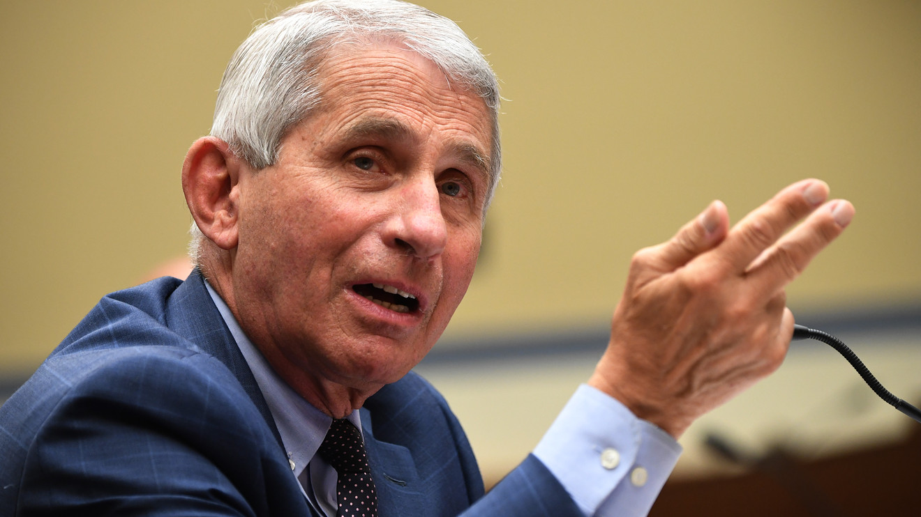 key-words:-fauci-tells-americans-to-'hunker-down'-this-fall-and-winter:-'it's-not-going-to-be-easy'