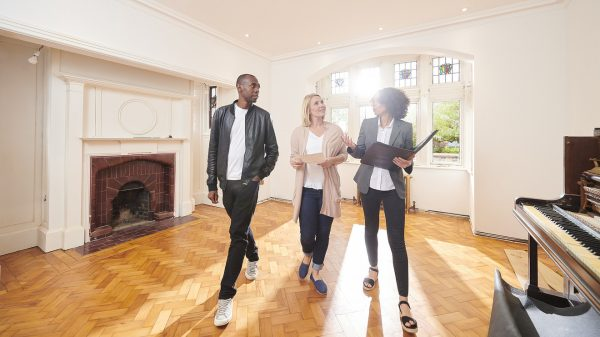 outside-the-box:-here's-how-homeowners-and-new-buyers-are-taking-advantage-of-record-low-mortgage-rates