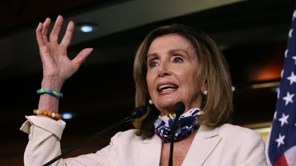 :-pelosi-says-she-has-'arrows-in-my-quiver'-on-court-fight,-but-unclear-what-they-are