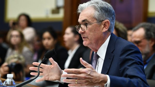 the-fed:-fed's-powell-tells-congress-it's-up-to-them-to-provide-aid-to-some-troubled-companies