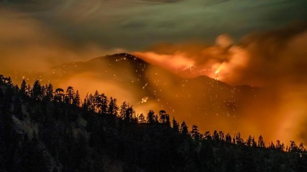 as-wildfires-burn-the-west-coast,-residents-face-another-challenge:-high-prices-pushing-people-out-of-urban-centers