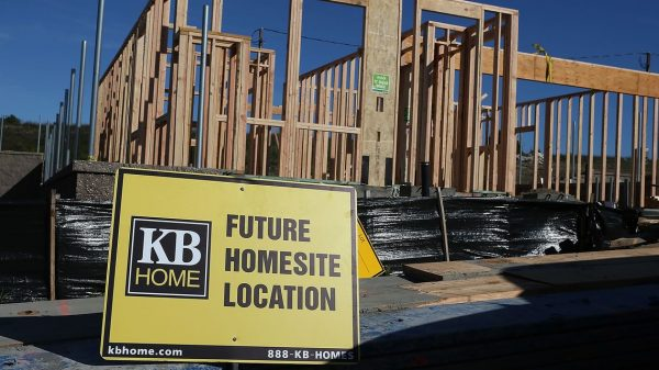 :-'we-only-want-to-start-a-home-that-we-know-will-get-paid-for-when-it's-completed.'-kb-home-ceo-jeffrey-mezger-on-his-approach-to-the-home-building-boom