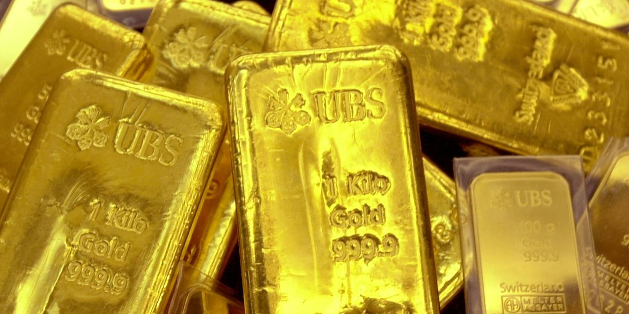 metals-stocks:-gold-climbs,-set-to-recoup-half-of-loss-from-day-earlier