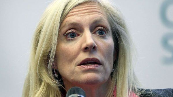 economic-report:-fed's-brainard-says-failure-of-congress-on-another-fiscal-stimulus-bill-would-lead-to-'slower-and-weaker-recovery'