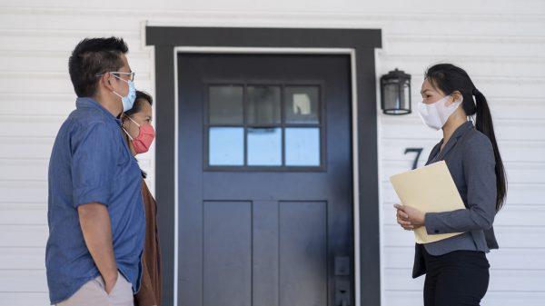 economic-report:-existing-home-sales-soared-in-september-—-7-in-10-homes-sold-in-less-than-a-month