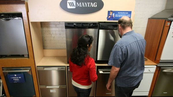 :-trump-rolls-back-efficiency-standards-for-fast-cycle-dishwashers,-pointing-to-long-wash-times