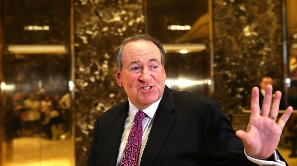the-margin:-mike-huckabee-tweets-about-filling-out-dead-relatives'-absentee-ballots,-and-key-federal-election-commission-member-doesn't-find-it-funny