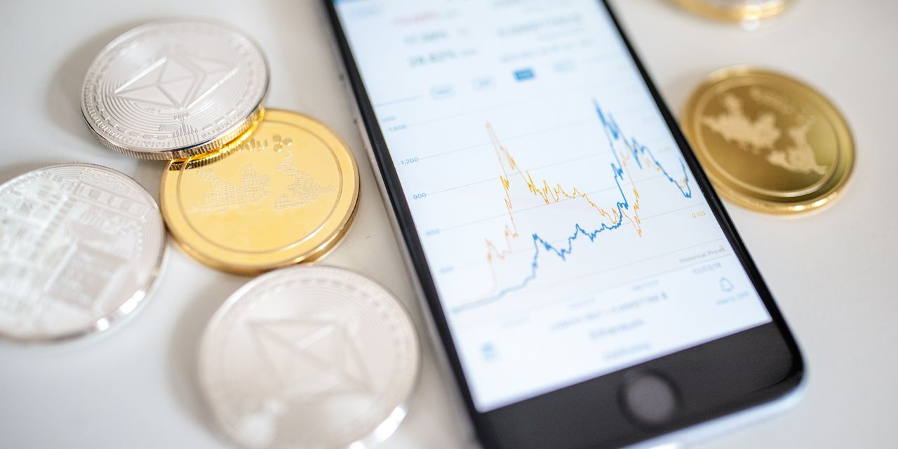 cryptos:-bitcoin-isn't-the-only-digital-currency-staging-a-stunning-comeback-in-2020