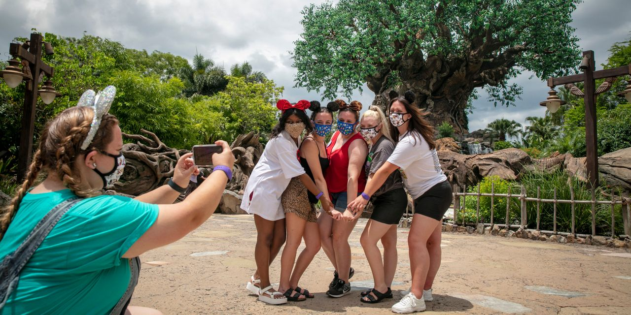 :-walt-disney-world-is-eliminating-these-popular-perks-for-hotel-guests