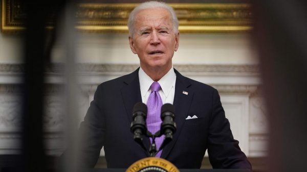 the-wall-street-journal:-biden-to-sign-executive-orders-boosting-pandemic-aid,-expanding-federal-worker-protections