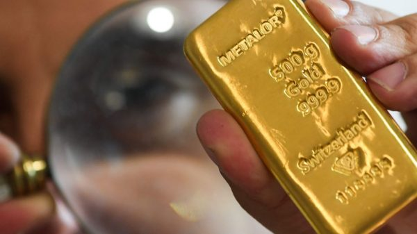 commodities-corner:-gold-demand-hit-an-11-year-low-in-2020