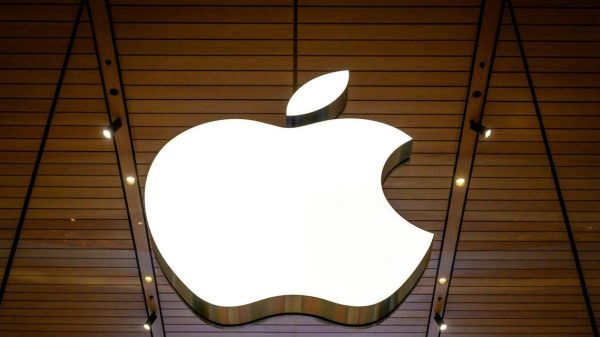 marketwatch-first-take:-apple-justifies-its-huge-valuation,-while-tesla-…-not-so-much