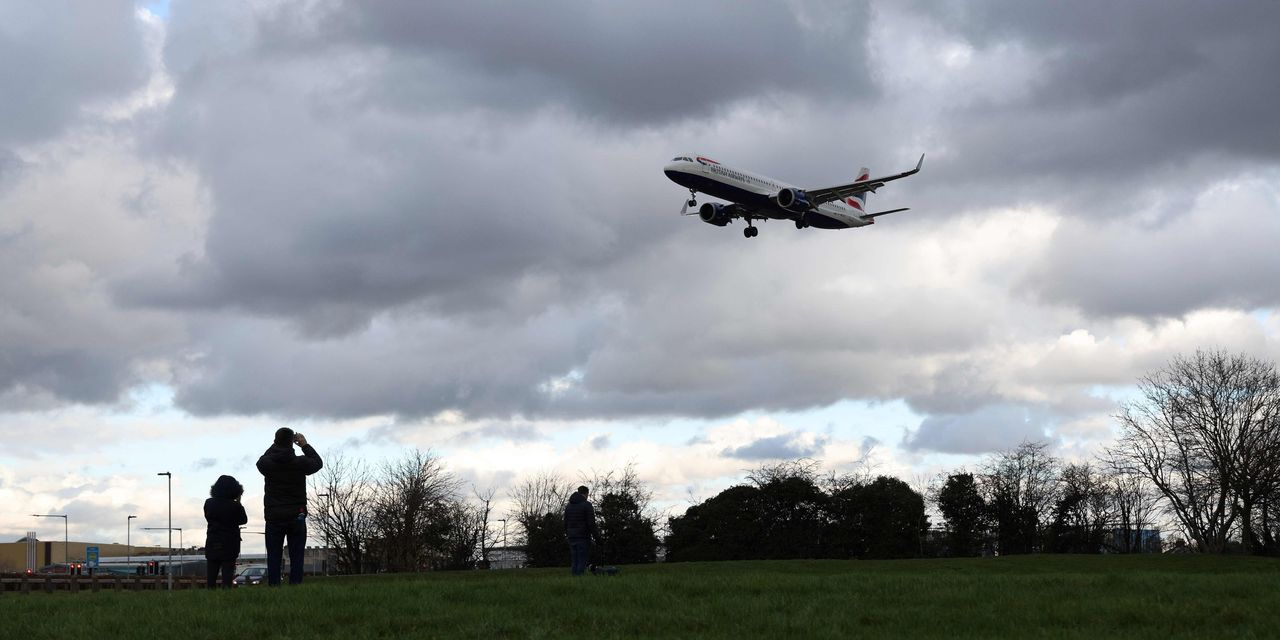 :-airlines-and-travel-stocks-surge-as-uk.-sets-out-lockdown-exit-plans