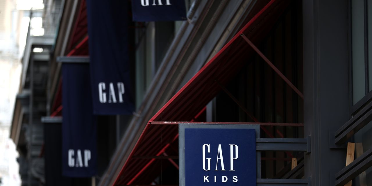earnings-results:-gap-sales-miss-estimates-due-to-pandemic-closures-and-restrictions