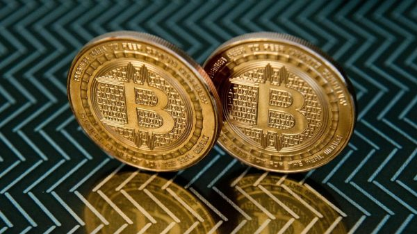 :-bitcoin-could-prevent-society-from-functioning-and-is-an-'extreme-form-of-libertarian-anarchism,'-warns-this-fund-manager
