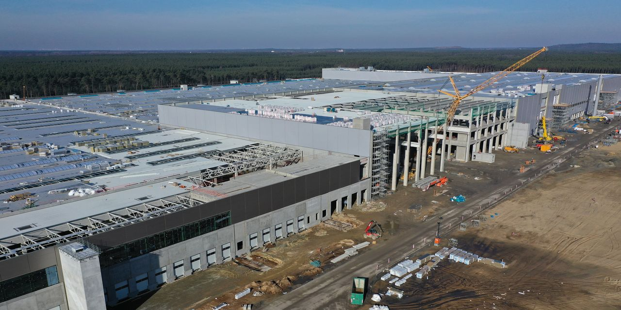 :-tesla's-berlin-gigafactory-to-be-delayed-another-6-months:-report