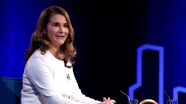 the-margin:-it's-official:-melinda-gates-is-a-billionaire-after-a-nearly-$2.4-billion-stock-transfer