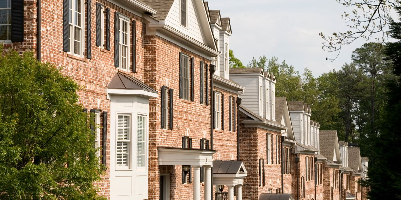 :-these-cities-have-the-biggest-share-of-homeowners-in-danger-of-foreclosure