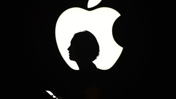 earnings-outlook:-what-will-apple-say-about-the-next-iphone-at-earnings-time?-maybe-more-than-usual
