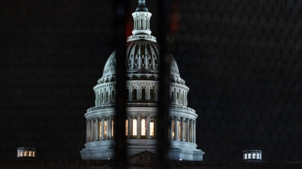 washington-watch:-here's-how-a-government-shutdown-would-disrupt-washington-and-beyond