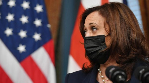 :-kamala-harris's-appearance-on-'the-view'-disrupted-after-hosts-test-positive-for-covid-19