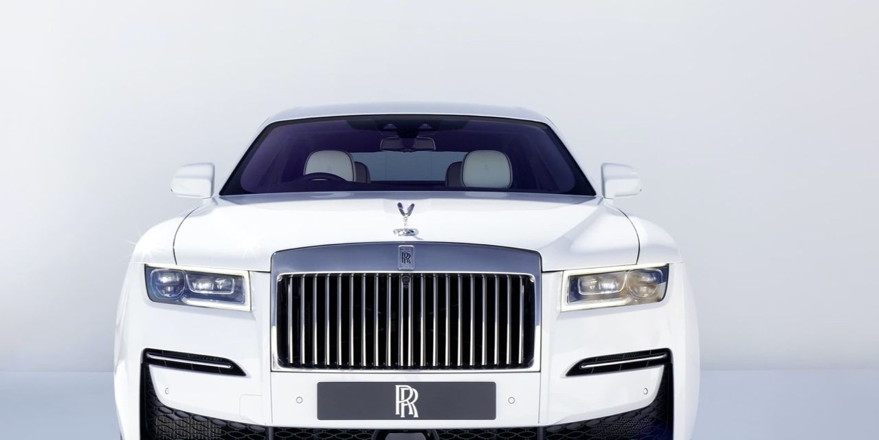 autotrader:-time-is-running-out-to-buy-a-gas-powered-rolls-royce