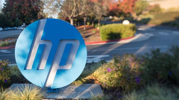 :-hp-ceo:-pc-shipments-will-be-hampered-by-supply-chain-issues-into-next-year