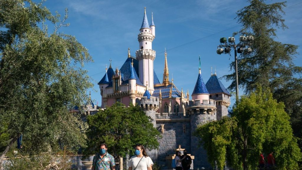 :-disneyland-hikes-ticket-prices-—-on-some-days-it-will-cost-as-much-as-$164-to-visit